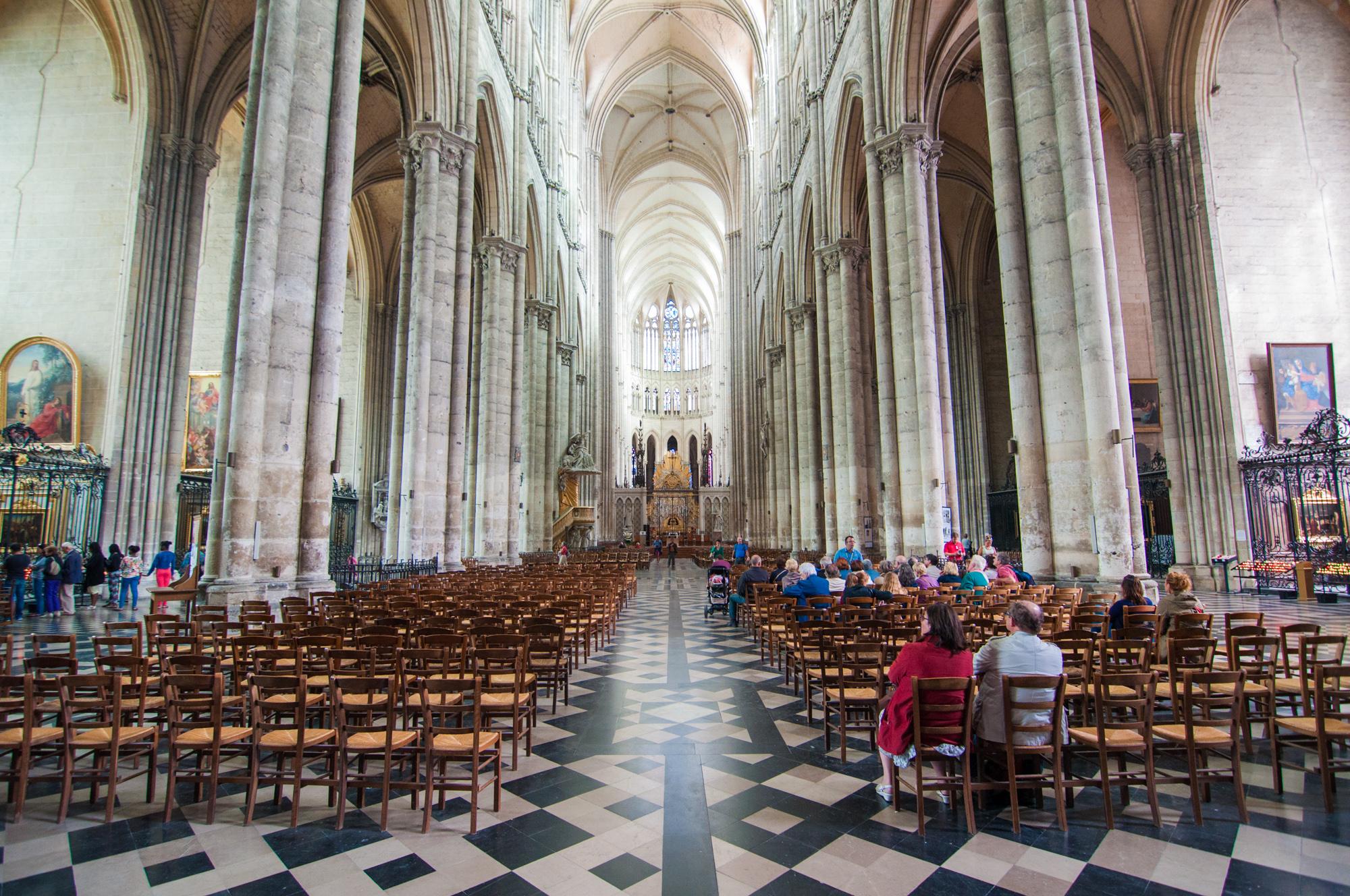 Amiens Cathedral at 40 min